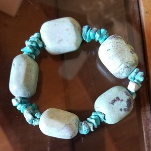 Faux turquoise bead bracelet band stretches